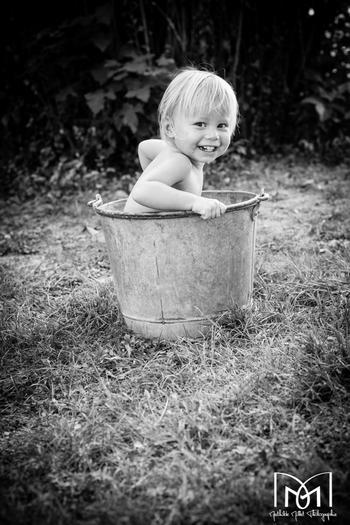 photo enfants en exterieur, mathilde millet, lons le saunier